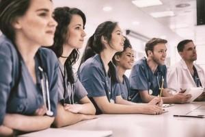 Medizinstudenten, Medizinstudium im Ausland